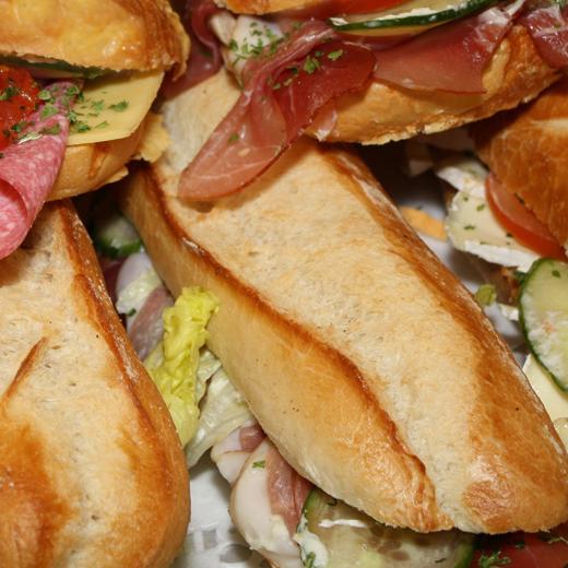 Ateljee 94 - Foodshop - Belegde broodjes - Broodjes en smossen